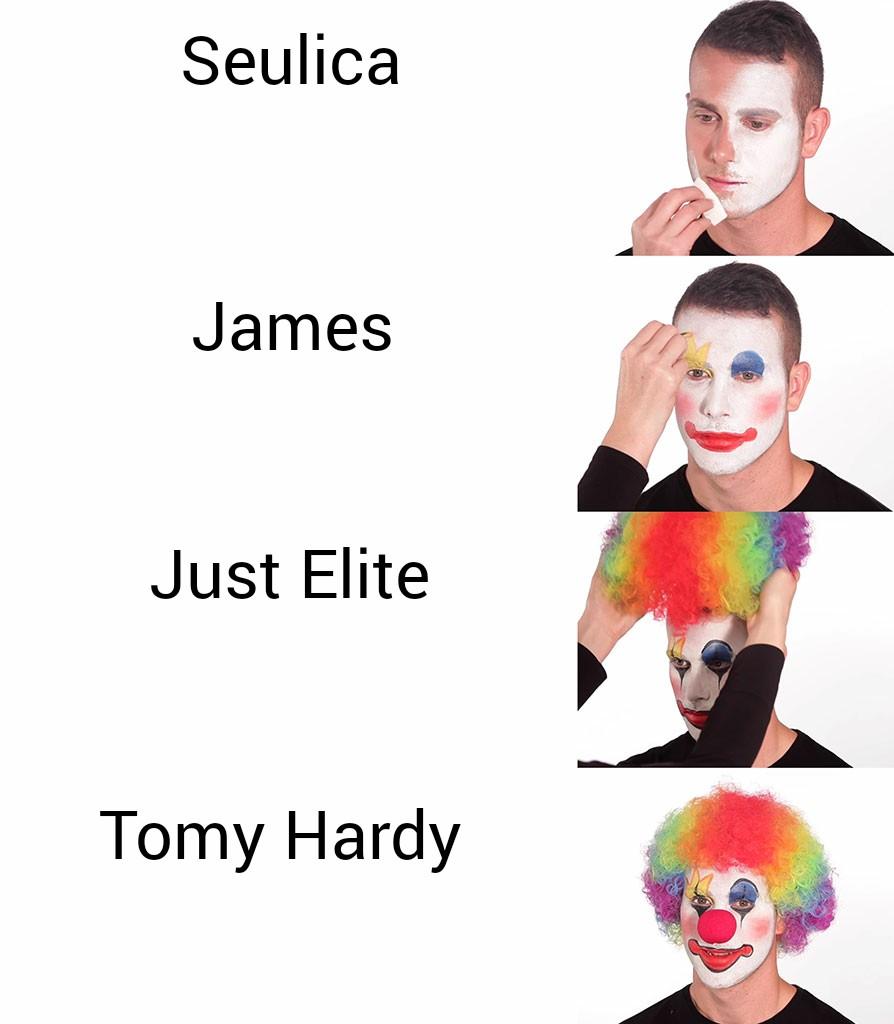 Putting on Clown Makeup 26012021103028.jpg